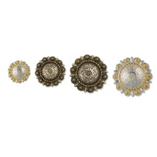 Roped Berry Round Conchos